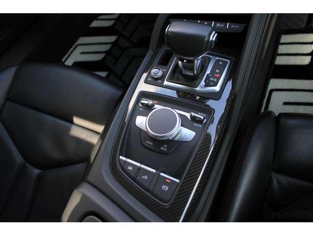 ・Audi/VWのカスタムならお任せ下さい。モーターショーや雑誌に取り上げられた実績がございます。掲載された一覧はこちら→https://newing-inc.com/media/