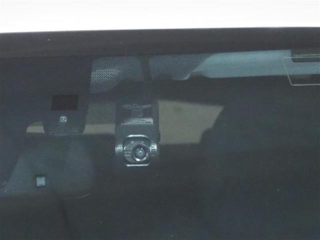 ドライブレコーダー装備、万が一の時も画像が残り安心です。