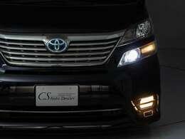 フロントビュー(LED・フォグHID・グリル変更・ヘッドライトの加工などなど)の社外品取り付け、カスタムもお任せください。