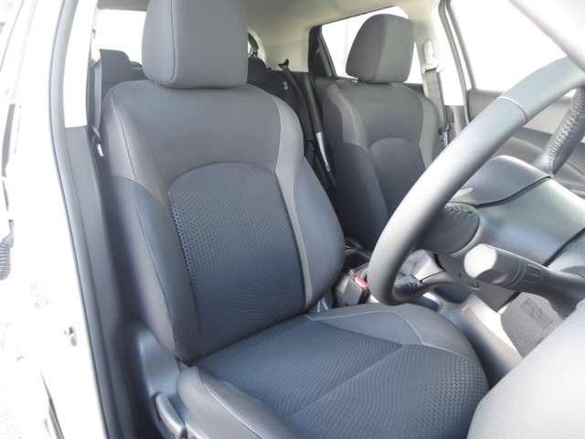 ゆったりとしてかっこいい運転席は走る喜びを感じられる快適空間です☆