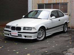 BMW M3 3.0 M3B アルピンホワイト
