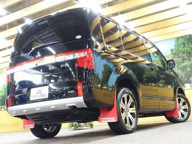SUVLAND千葉店では、安さだけではなく納車前の点検整備、保証、アフターサービスを充実させております!大型整備工場併設により、安心な整備、車検をお任せ下さい!