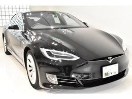 電気自動車!エンハンストオートパイロット機能を兼ね備えた、まさに!未来のお車でございます!オプションカラー「オブシディアンブラックメタリック」が醸し出すシャープな印象に、