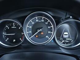 中古車では1年10000kmが平均的と言われる中でCX-5の走行が約18400kmと 距離は平均より少なく安心してお乗りいただけます♪