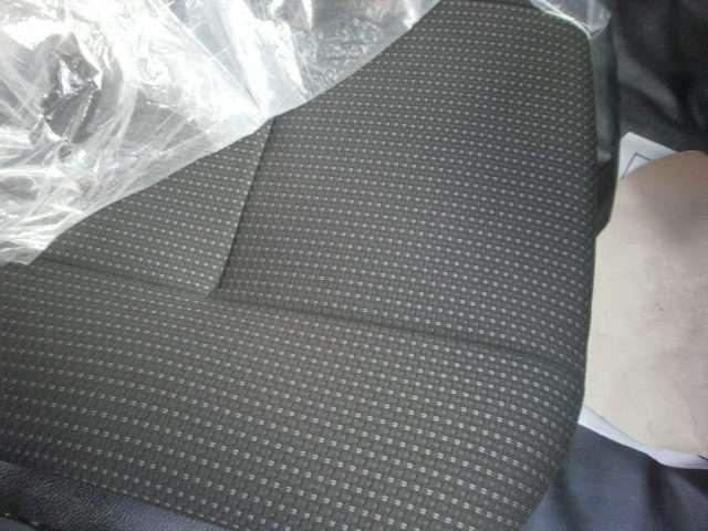 ★フロントバンパーのコーナーパネルが簡単にお安く、交換可能になりました♪★黒シートになりました♪