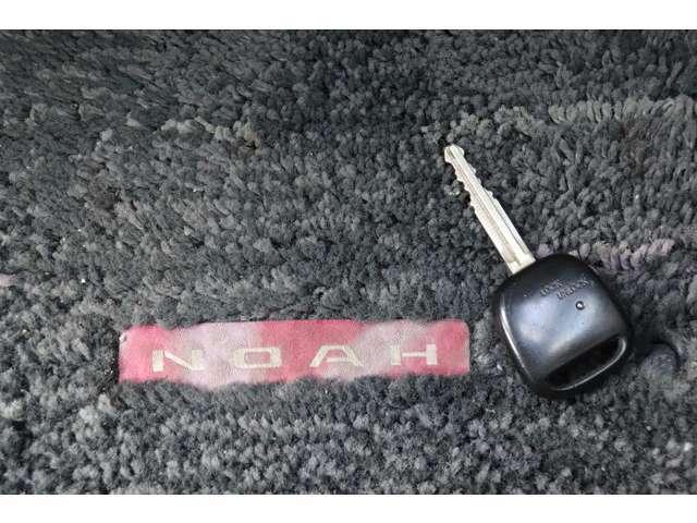 《 キーレス 》 鍵で直接閉めると鍵穴まわりが傷つきやすいですが、それも防げます♪開け閉めもらくらく!