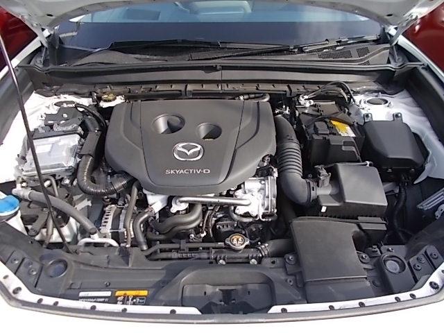 静粛性を高めたパワフル1.8Lクリーンディーゼル車!!このトルクをご体感ください。