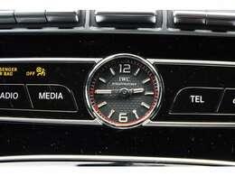 MB認定中古車保証2年付き:お近くのメルセデス・ベンツディラーのサービス工場で保証整備、メンテナンスできますので、遠方の方も安心してお乗り頂けます。