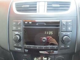 AM/FM、CDプレーヤー付きです。