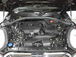 BMW製2.0L直列4気筒クリーンディーゼルエンジン。150PS/330Nm(カタログ値)
