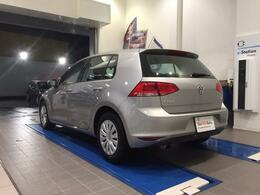 「車両品質(認定)」フォルクスワーゲン認定中古車は初年度登録より10年10万km以内の正規輸入車のみをお届けします。 *:PHEVおよびトゥアレグハイブリットは7年6か月以