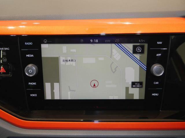 """VW純正ナビゲーション""""DiscoverPro""""を装備。、TV装備!更にバックカメラも装備されています!"""