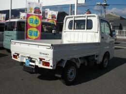 掲載しておりますお支払い総額は、愛媛県内名変、車庫証明手続き無し、下取り無し、ご来店納車での価格となります(新車保証継承、付属品は別途となります)