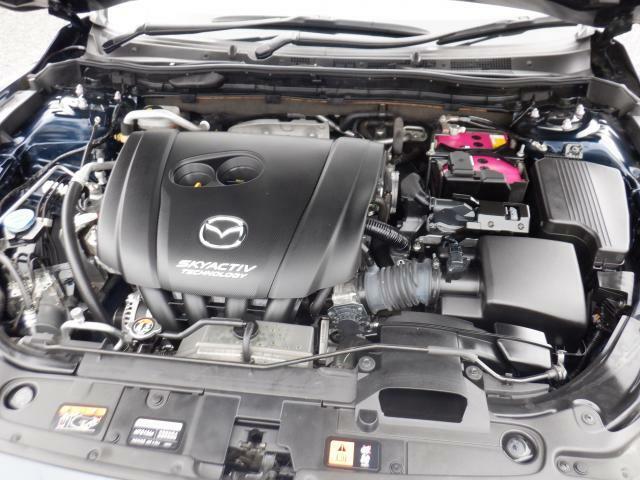 オリックス自動車保証付です。1年間走行距離無制限の保証となっております。消耗品・油脂類は除きます(輸入車は、6ヶ月もしくは5,000kmまで)。全国に提携工場があるので、遠方の方も安心ですよ。