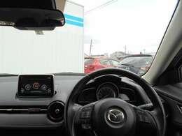 安全な運転は集中できる環境から・・・。運転を楽しみながら、様々な情報を逃さないコックピット。