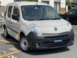人気急上昇中のベージュカマルグ!フランスの大衆小型車であるルノー4の純正色を採用した、119台限定の車両になります!