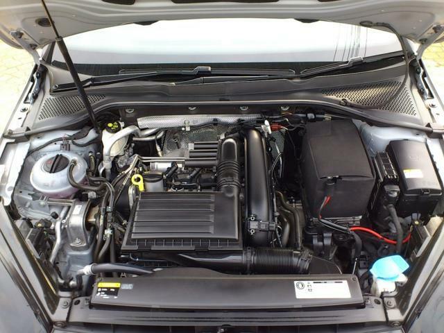 エンジンは1200CCターボエンジンになります。