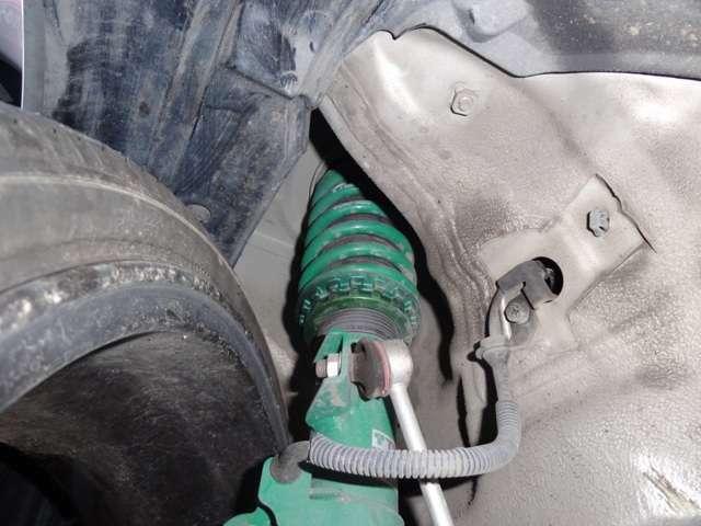 車高調付きでお好みの車高に何度でも調整可能です!