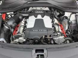 綺麗なエンジンルームです。実走行☆3000ccSチャージャー☆エンジンは高回転までしっかり吹け上がります☆非常に良好です。■走行管理システムもチェック済みとなっております!