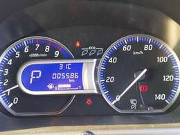 走行距離は5586kmと非常に少ない距離です