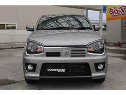 ハードなコンディション下でも高い走行性能を発揮する4WDシステム。