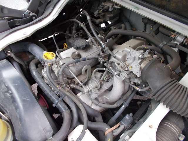 7K・1800CCのガソリンエンジンです。交換不要のチェーンです。