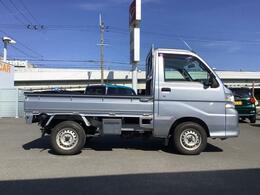 2WDトラックです