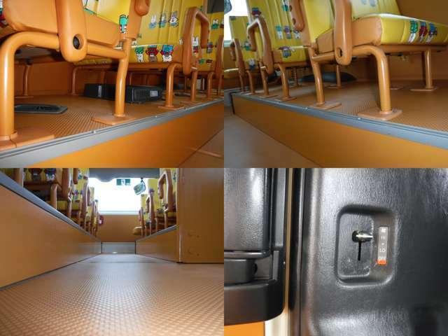 黄色のシートが可愛いです!リヤ非常口完備!