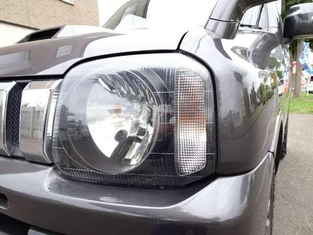 ピカピカのヘットライト!!黄ばみくもくもりが一切無く、大切に使われていたお車です☆