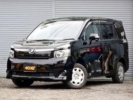 トヨタ ヴォクシー 2.0 トランスX 4WD 5人乗 両側スライドドア ナビ 地デジ