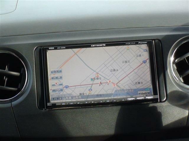 法定費用込み!車検整備付きのお得なパックはいかがですか?車検専門店「車検のコバック」併設だからできるお得な車検付きパックをご用意!オイル交換5回分のチケットも付いてます。