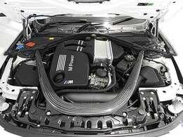 直列6気筒Mツインパワーターボエンジン バルブトロニック&ダブルVANOS&高精度ダイレクトインジェクションシステム 450PS/550Nm(カタログ値)