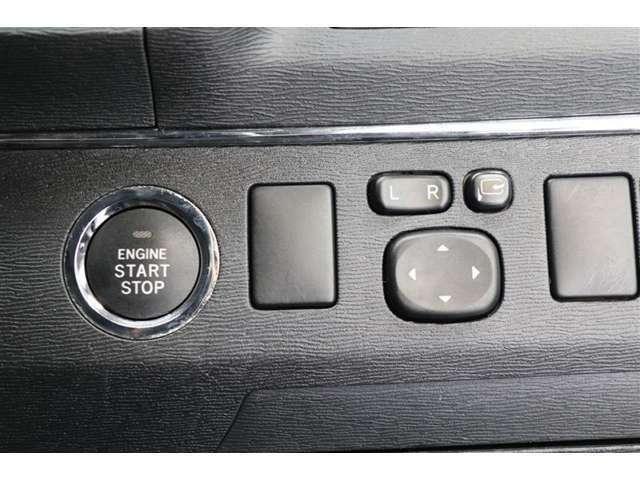 【トヨタディーラーならではの安心感】1、トヨタ高品質CAR洗浄の『まるまるクリン』施工済2、クルマの状態がひと目でわかるトヨタ認定車両検査員による『車両評価証明書』3、納車日より1年間保証つき