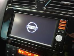 ●純正SDナビ『ナビを好きな曲でいっぱいにして、ドライブもとても楽しくなりますね☆』