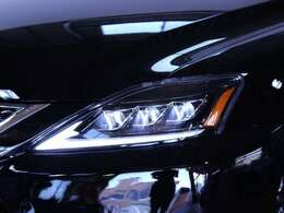 ヘッドライト加工や新品社外ヘッドライト、別途格安にて承ります。