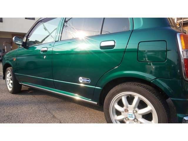 自社板金塗装工場も完備しておりますので、お車の板金修理、全塗装修理なんでもご相談ください。