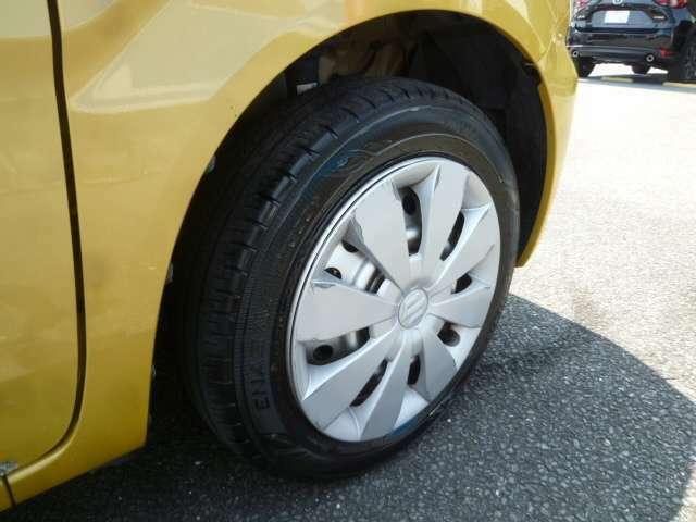 タイヤの溝は7分山程度残っています♪