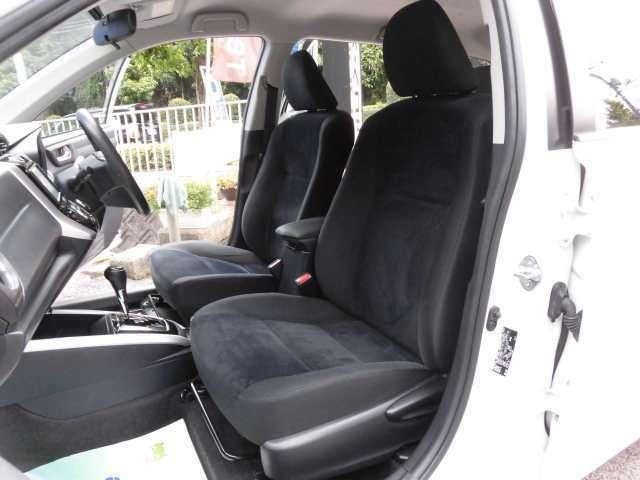 とても美しいフロントシートです^^ロングドライブも楽ですよ^^