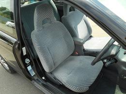 運転席は座り心地もよく快適です♪