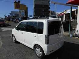飛田バイバス(387号線)の機能病院入口 目の前にございます!ツノダ自動車です。赤いテントが目印の建物です☆ご来店の際は、ツノダをお尋ね下さい、一度お電話を頂けると幸いです。