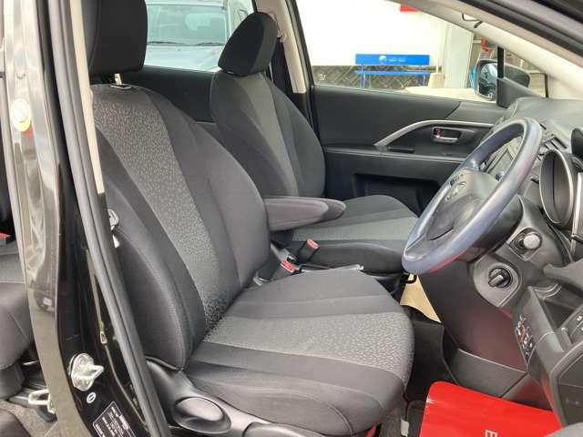 運転席のシートも座り心地が良いです