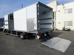 いすゞ フォワード 低温冷凍車 -30℃設定 格納ゲート付 リヤエアサス 左方開きドア 2.75t積み