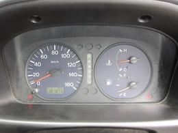 走行距離101,575kmです!少し距離走っていますが整備してお引き渡しさせて頂きます!