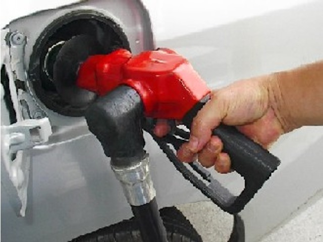 スマイルセットNo.10 【燃料満タンサービス】カーセンサーネットにクチコミ投稿をして頂く事で、ご納車の際に燃料を満タンに致します。ご納車からそのままお出かけして頂けます。