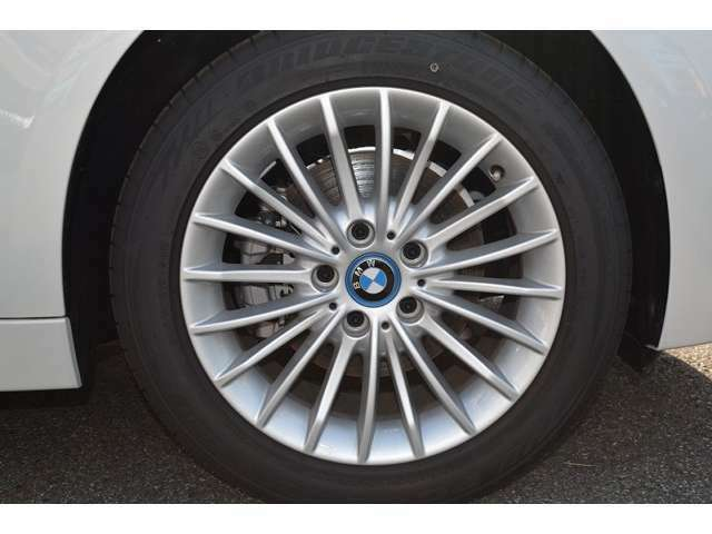 BMW・MINI 新車ショールーム併設! 中古車・新車 両方でご検討頂けます! ご来店お待ちしております!  BMW Premium Selection千葉中央 ・ MINI NEXT千葉中央 043-305-2111