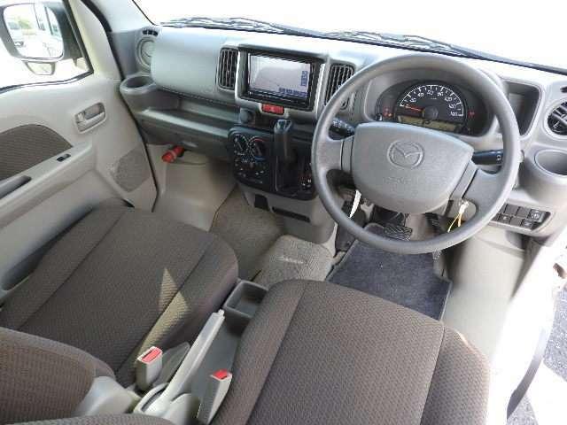車内はオゾン脱臭除菌と内装クリーニング済でキレイです。さらに内装を詳しく見たい方、見積依頼を頂ければ、詳細画像をお送りします。