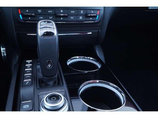 弊社は輸入車ブランドを複数運営する【G-LIONグループ】のMaserati部門でございます。詳しくは、http://www.glion.co.jp/