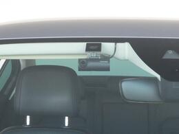 純正ドライブレコーダーS1が装備されています。