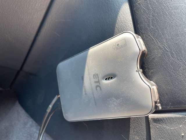 高速道路のご利用時にとても便利なETC車載器付です★
