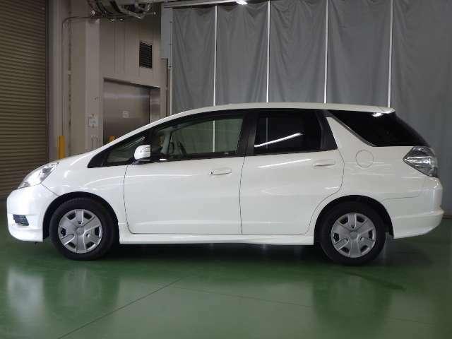 ■アウトレット中古車のお見積り 車両本体価格には、基本整備点検が含まれます。また総額費用には、東京都内での名義変更手数料、リサイクル料が含まれます。